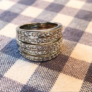 {estate sale} CZ tiered band